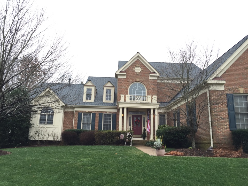 Springfield, VA - New GAF timberline shingle roof in oyster grey.