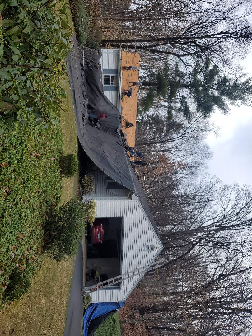 Glastonbury, CT - New roof.Oyster Gray