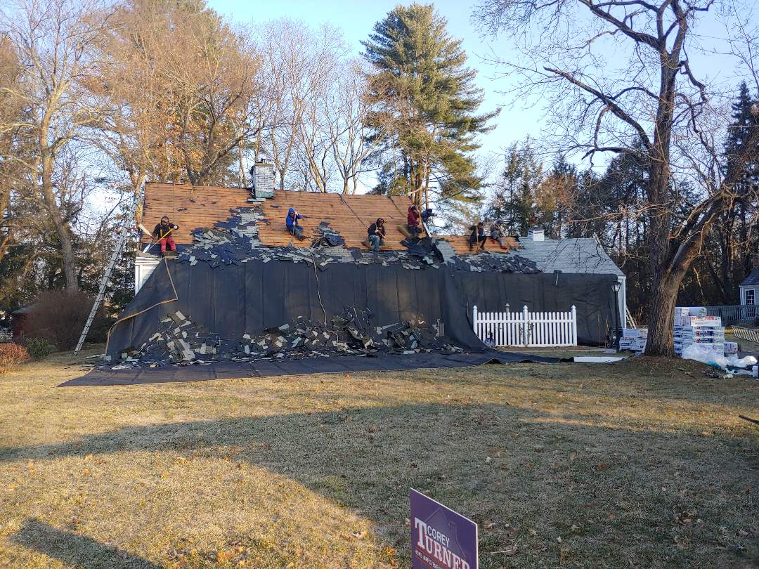 Glastonbury, CT - Roof replacement.(Pewter Gray)