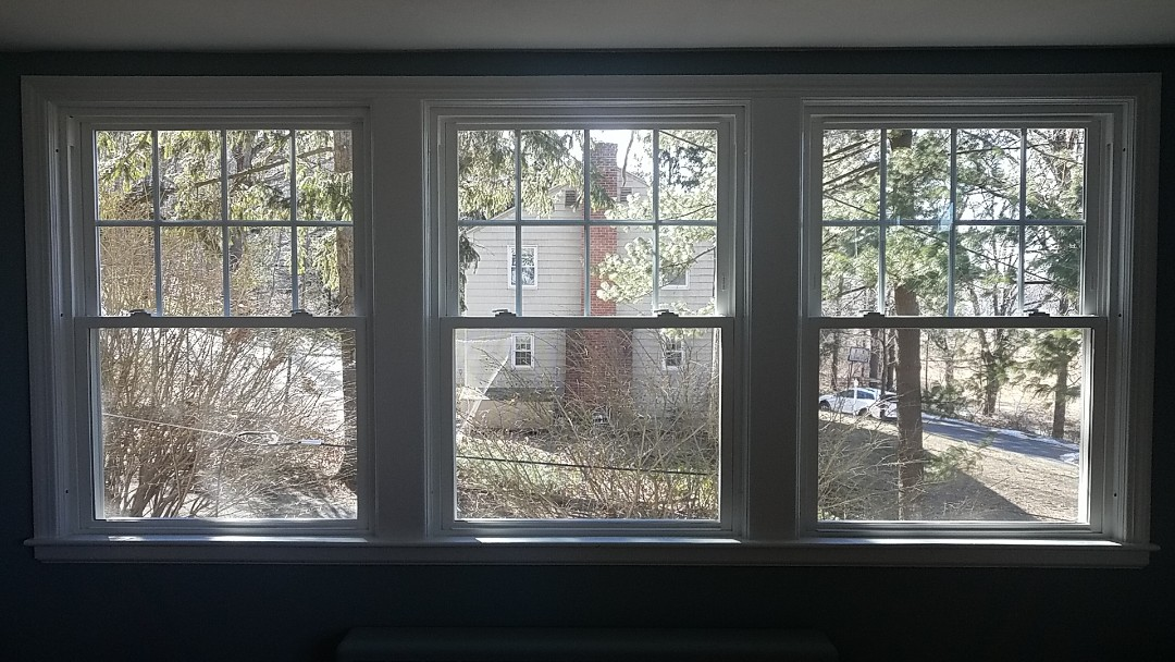 Glastonbury, CT - New Esentials windows by Sunrise to replace the old drafty single pain windows and storm windows.