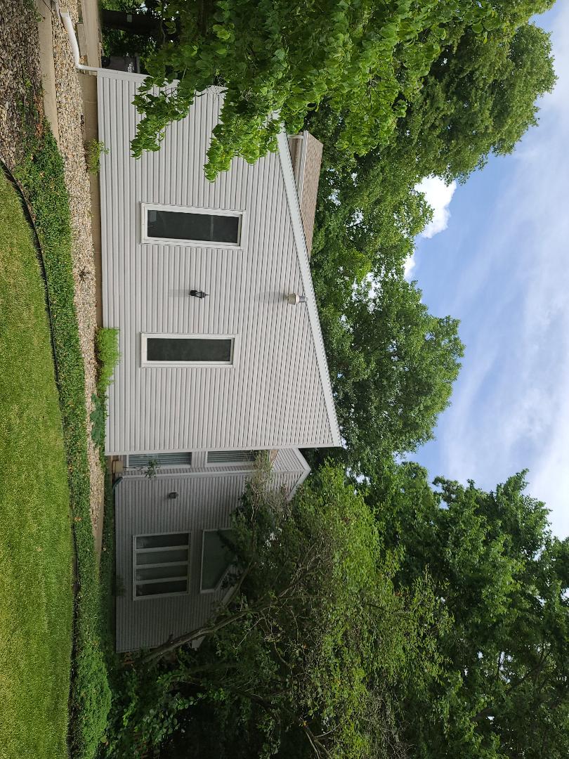 Danville, IL - Asphalt shingle roof complete