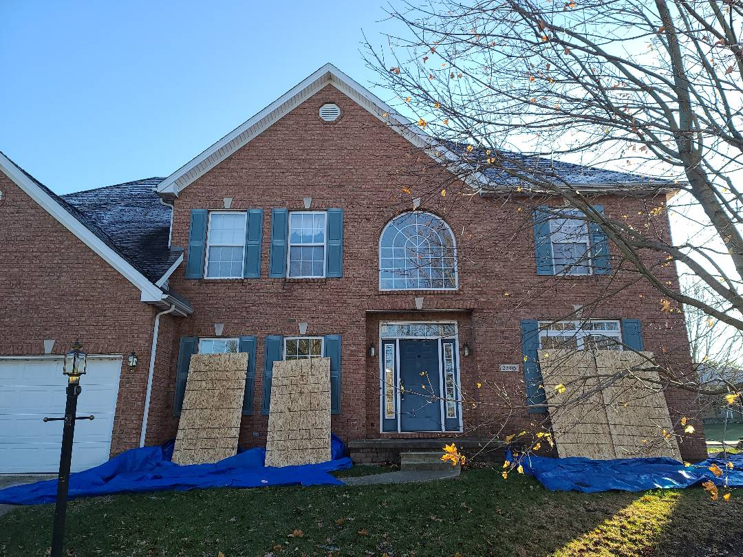 Champaign, IL - Starting on this nice brick home. 12/12 Pitch