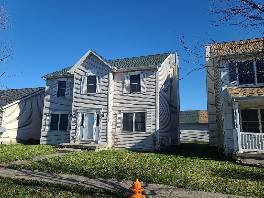 Urbana, IL - Completed this roof in GAF HDZ Hunter Green