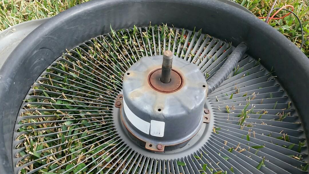 Houston, TX - Replacing bad AC condenser fan motor