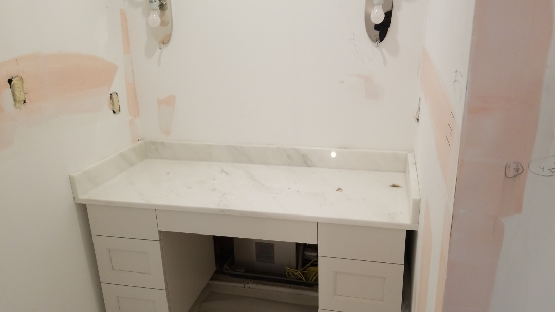 Chevy Chase, MD - Make up Vanity with Calacatta Gold Marble