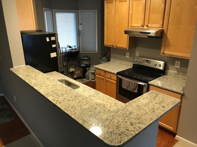 Germantown, MD - New Dallas White counter tops - Level 1 Granite