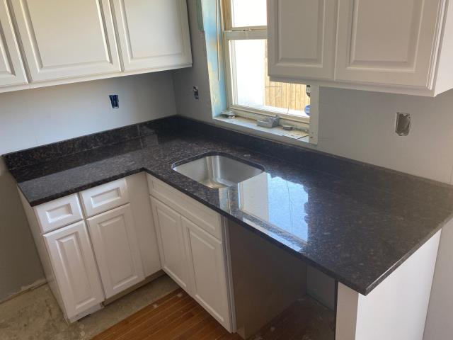 Baltimore, MD - Granite Level 1 - Tan Brown
