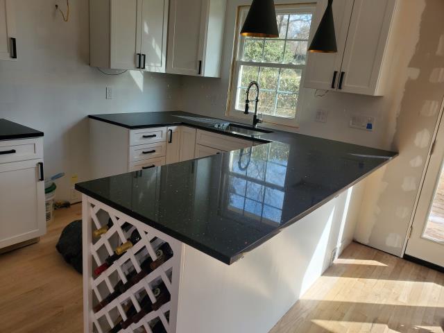 Kensington, MD - Quartz Sparkling Black