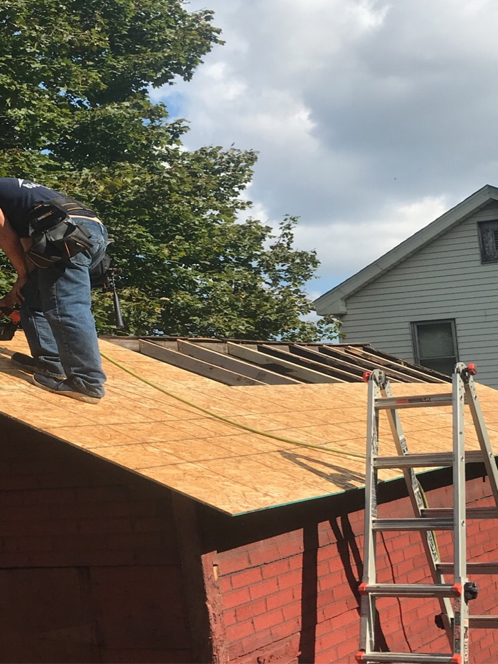 Pittsburgh, PA - Shed roof shingle install. Truss repair, deck board replacement.