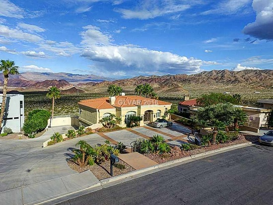 $1,300,000 4 beds 3 baths 3,890 sqft #BoulderCityNV This 3890 square foot single family home has 4 bedrooms and 3.0 bathrooms. It is located at 1029 Keys Dr Boulder City, Nevada. The nearest schools are Boulder City, Other and Boulder City.