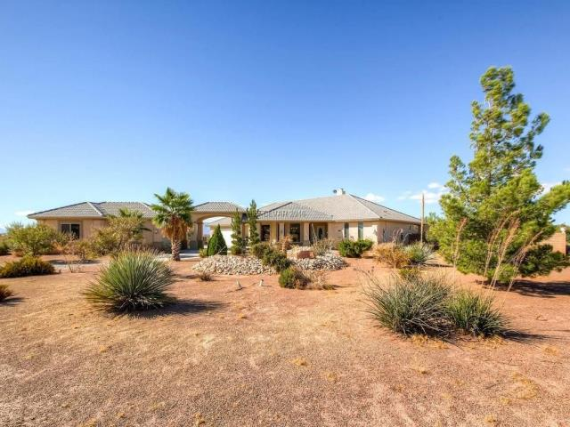 Pahrump, NV - $400,000  4 beds 3 baths 2,886 sq ft Stunning home with a detached guest house on over an acre of land. The guest house has a full bedroom and bathroom plus its own kitchen, its perfect for a mother in law OR even better can be rented out for additional income!! Main house has a beautiful chef's kitchen with tons of storage and a great room set up which is great for entertaining. Enclosed rear yard with covered patio and plenty of room for activities.