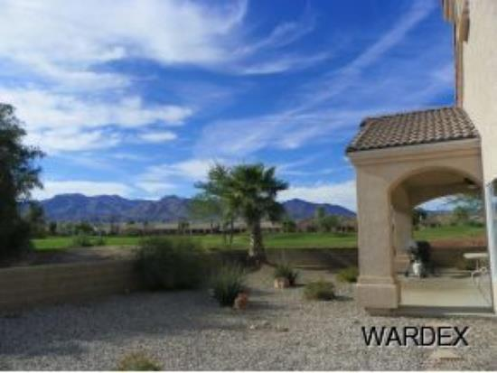 Laughlin, NV - Golf home for sale in Laughlin NV with 2076 square foot single family home has 2 bedrooms and 3.0 bathrooms.