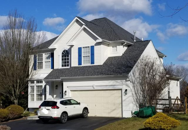 New Hope, PA - Replace existing roof with new CertainTeed Landmark PRO, winterguard, ridge-vent and new flashings. Color Pewterwood