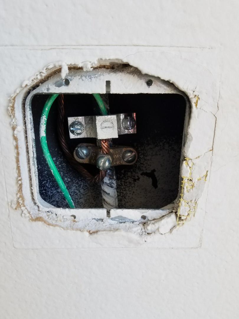 Santee, CA - Electrical repairs