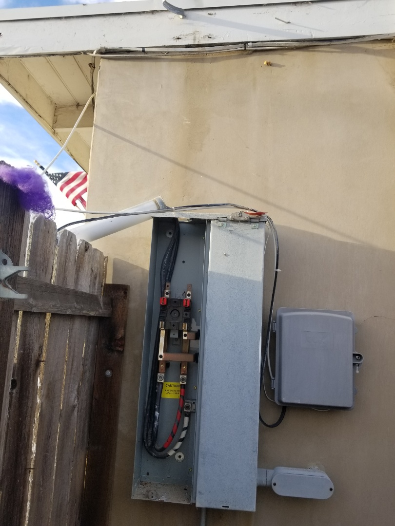 Oceanside, CA - Electrical repair