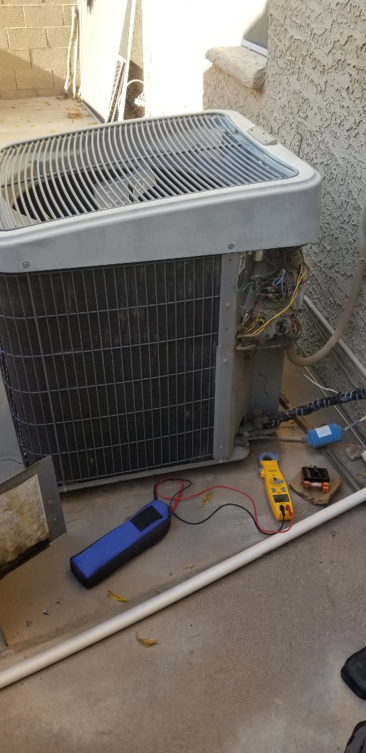 Chandler, AZ - Performing a heatpump tune up for a family in Chandler
