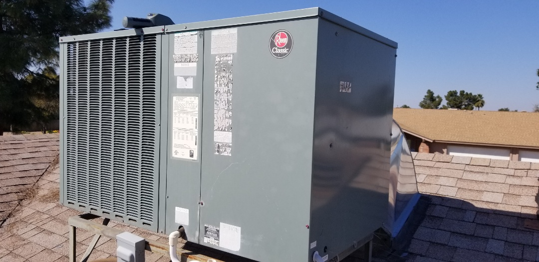 Mesa, AZ - Checking a Rheem air conditioner