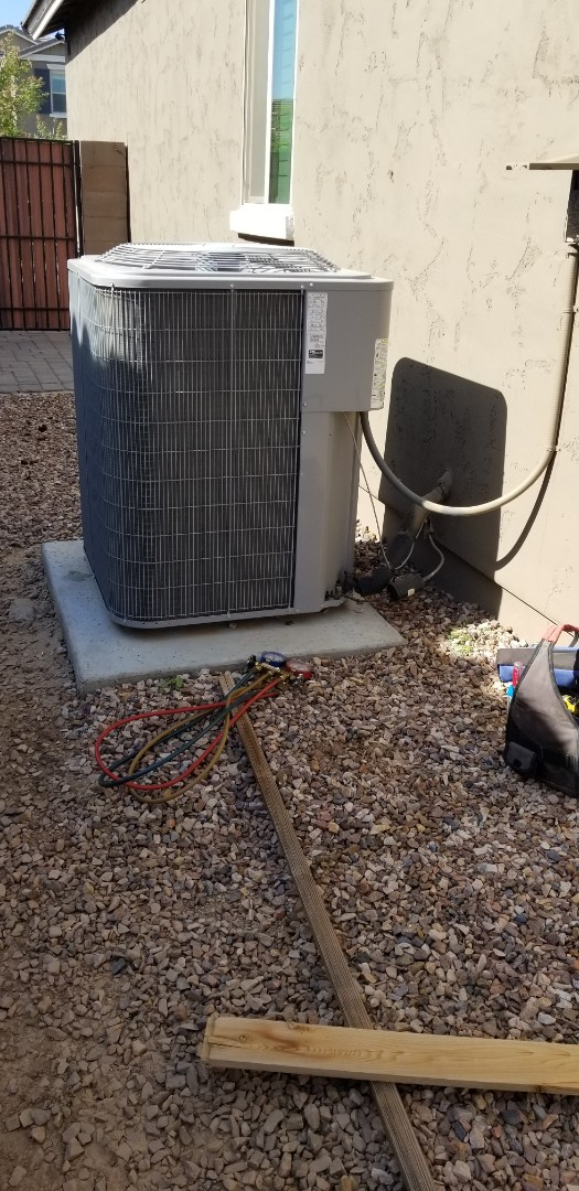 Queen Creek, AZ - Service and tune up a Carrier air conditioner and Furnace in Queen Creek