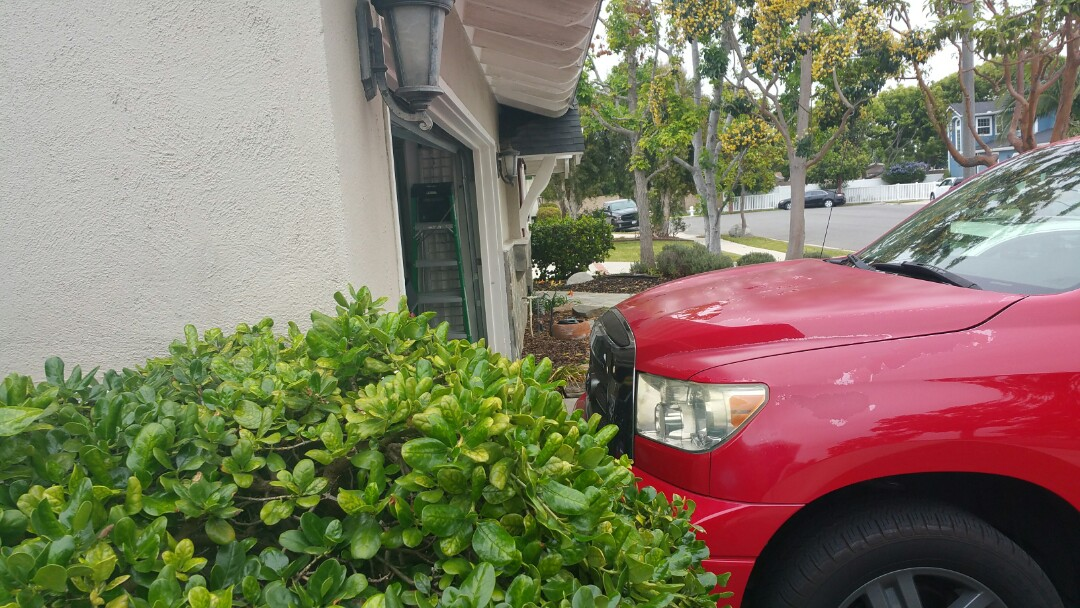 Costa Mesa, CA - Home needs lifting  and stabilization