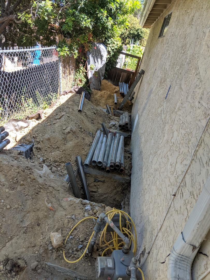 San Marcos, CA - Today, in San Marcos, the crew will install 10 push piers and prep to lift the house.
