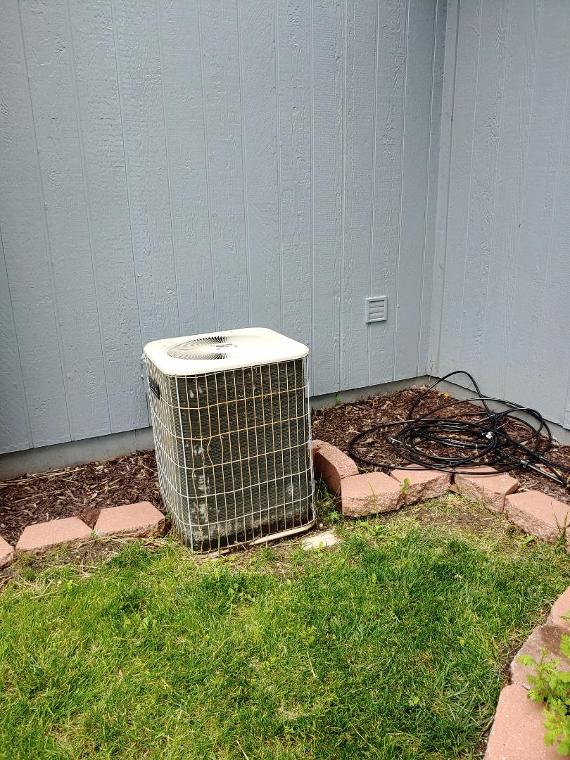 Overland Park, KS - Price for air conditioner replacement