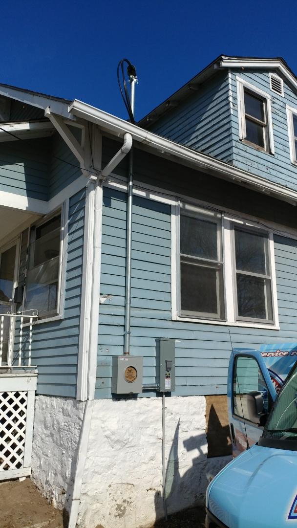 Shawnee, KS - Electrician needed.  Meter and mast repair