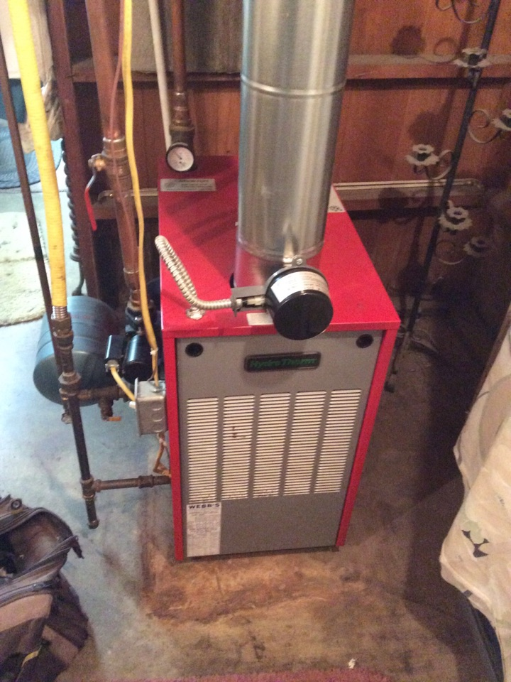 Marion, IL - Webb's Annual Fall Maintenance on an Hydro-Therm Boiler.