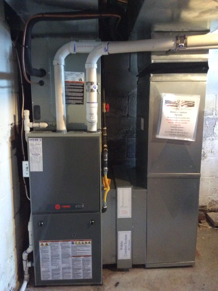 Marion, IL - Webb's 25pt Annual Fall Maintenance on a Trane XT95.  90% Gas Furnace.