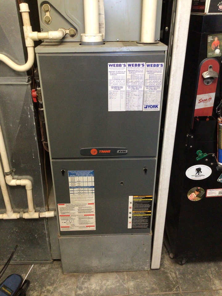Herrin, IL - Webb's Annual Fall Clean and Check on a Trane XV90.  90% Gas Furnace.