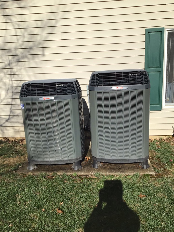 Carbondale, IL - Webb's Annual Fall Clean and Check on 2 Trane XL18i Heat Pump Systems.
