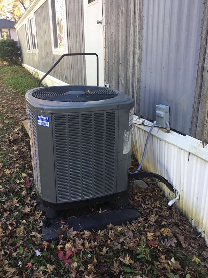 Carbondale, IL - Webb's 25pt Annual Fall Clean and Check on a Trane XR Heat pump system.