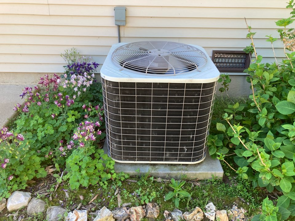 Carbondale, IL - Performing maintenance on a Bryant heat pump in Carbondale.