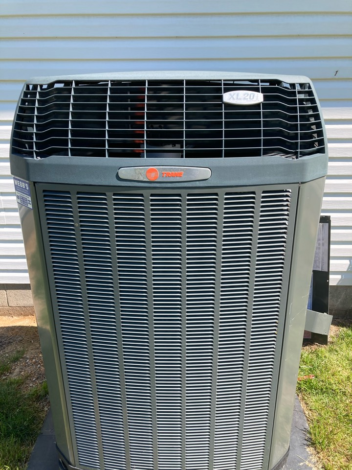 Carbondale, IL - Performing maintenance on a Trane heat pump in Carbondale