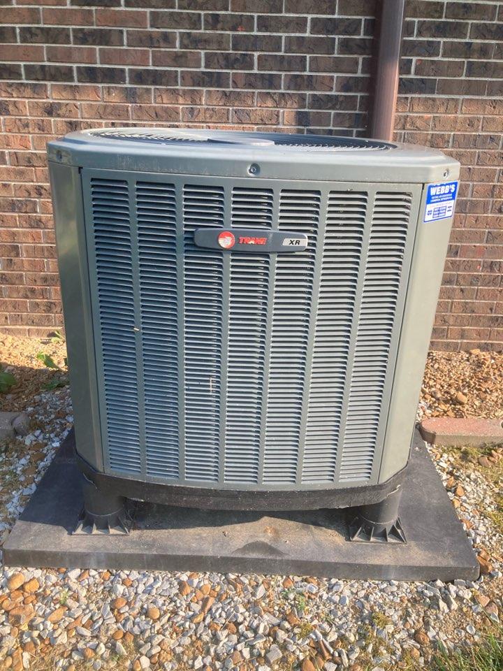 Carbondale, IL - Diagnostic on a Trane heat pump