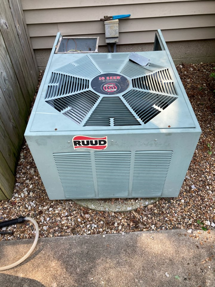 Carbondale, IL - Working on a Rudy air conditioner in Carbondale.