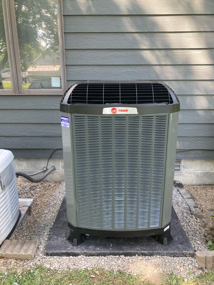Carbondale, IL - Installing a Trane Heat Pump