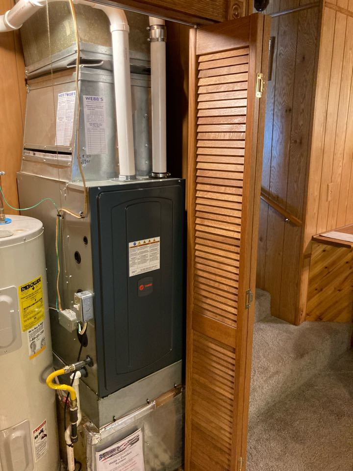 Creal Springs, IL - Installing a Trane gas furnace