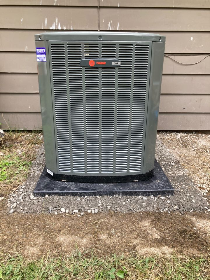 Carbondale, IL - Installed a new Trane  air conditioner