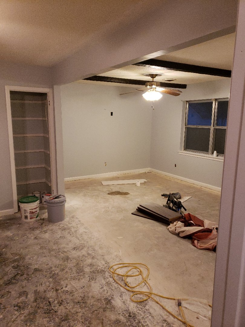 Prattville, AL - Paint and load bearing wall finished