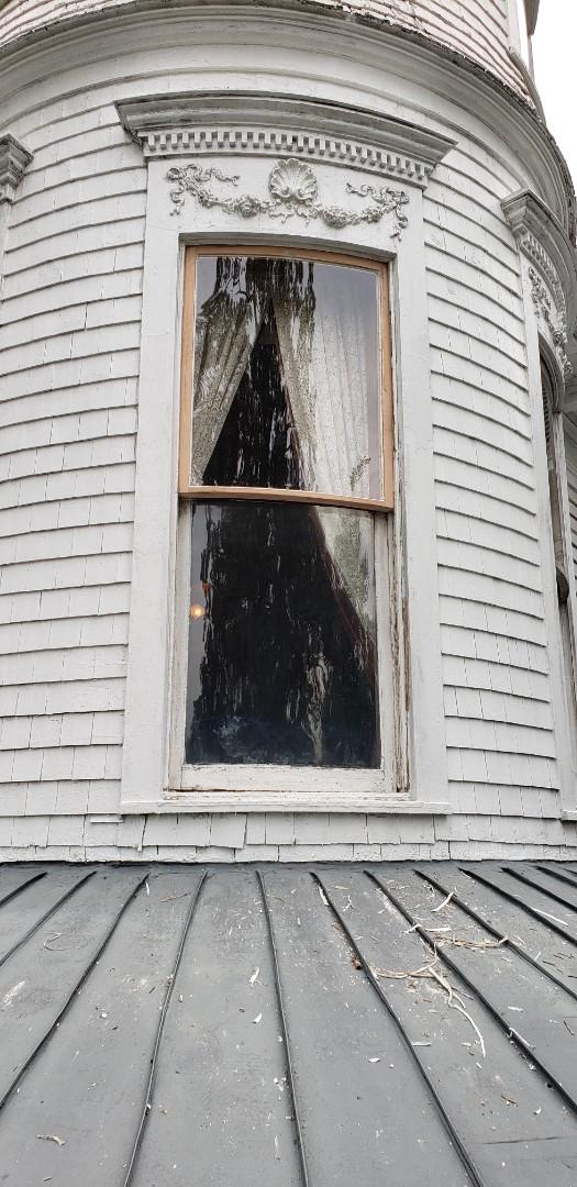 Rebuild custom turret window