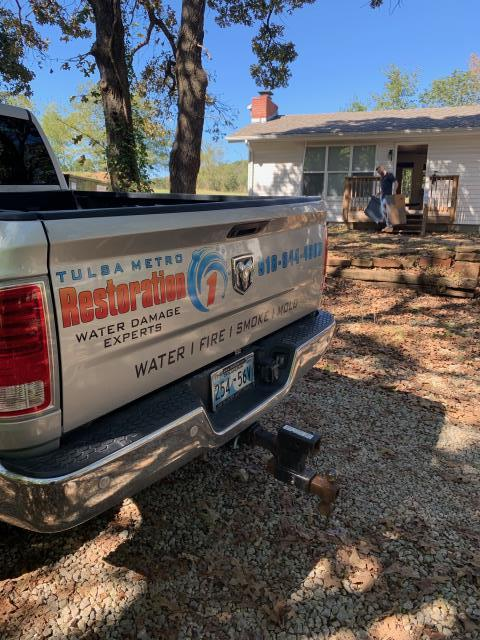 Providing home owner with free mold removal estimate. After the estimate is complete, the mold mitigation process will begin.