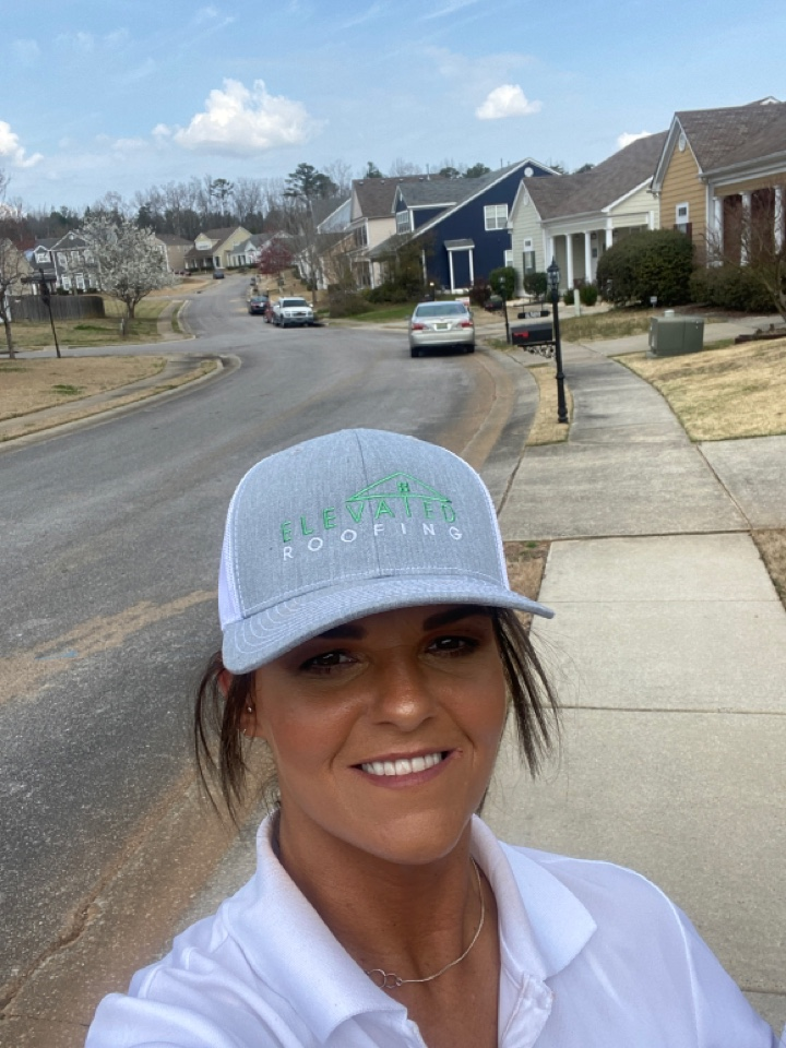 Bessemer, AL - Out on club view N/S offering free roof inspections. Discontinued shingles are fully cover by insurance. If there's just 1 damaged or missing shingle, a new roof is covered by your insurance.