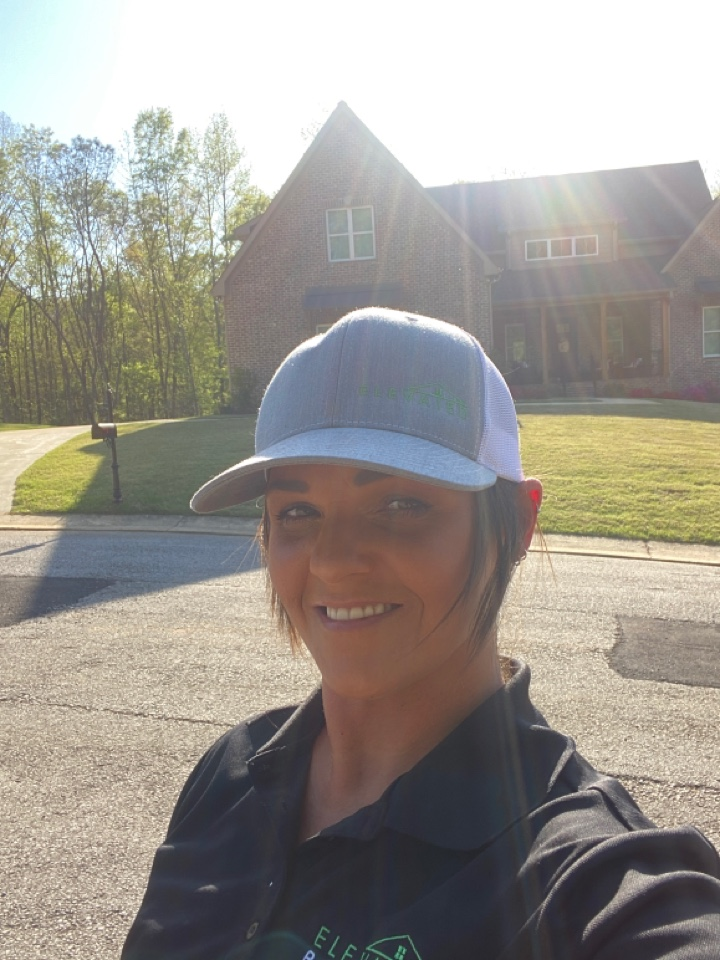 Morris, AL - On Jackson Street checking fort hail damage that was reported last week. Homeowners insurance will pay for storm damage IE Hail & wind. Give me a call for a complementary roof inspection today! (205)383-7622