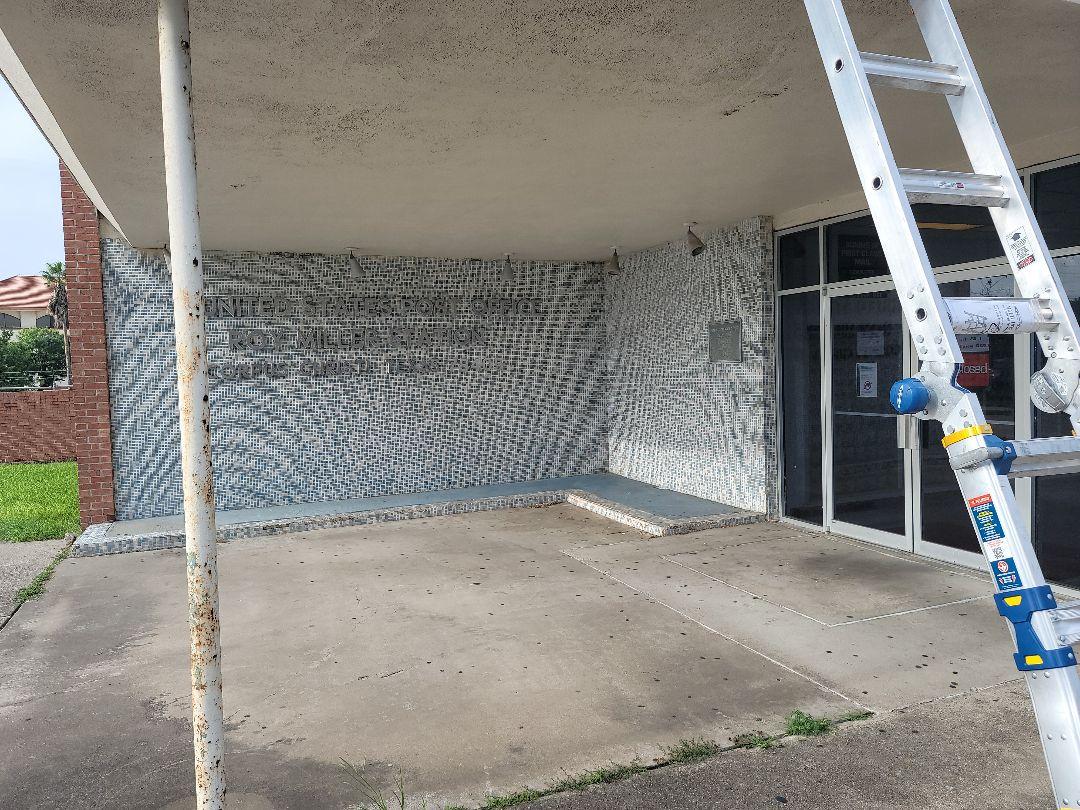 Corpus Christi, TX - Doing a emergency roof repair