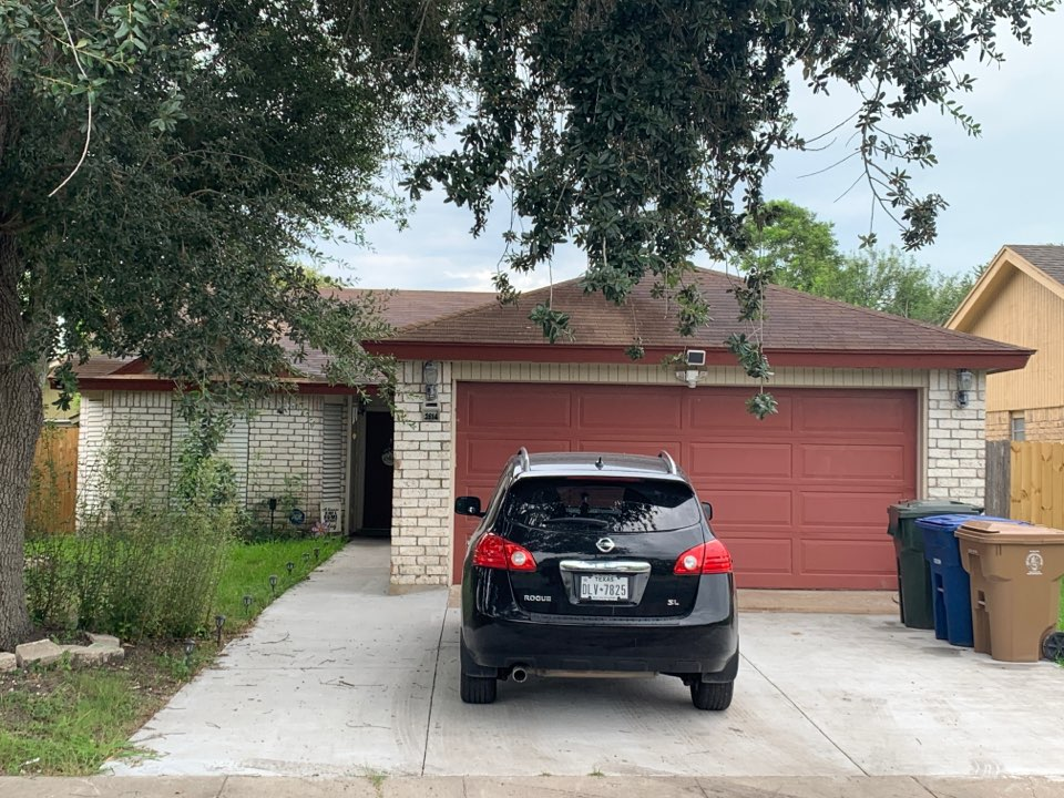 Corpus Christi, TX - Roof Inspection Complete!  Providing our customer with 3 different options to best suit his needs and budget!  Give us a call for your next roofing project.