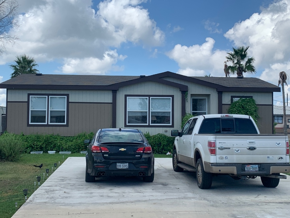 Rockport, TX - Insurance Roof Claim for one of our customers. We will be installing Owens Corning TruDef Duration Shingle.
