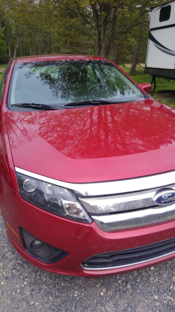 New Ringgold, PA - Replaced windshield on Ford Fusion for a customer at their home
