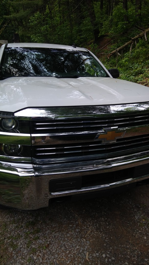 Lehighton, PA - Replaced windshield on a Chevy Silverado for a customer at his home