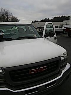 Stroudsburg, PA - Replaced windshield on GMC Sierra at Abeloff Buick GMC
