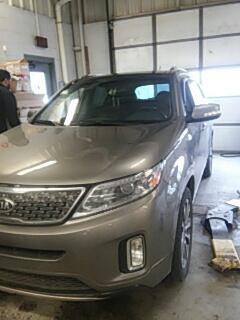 Stroudsburg, PA - Replaced cracked windshield on KIA Sorento for Abeloff KIA